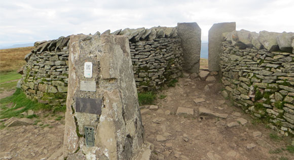 Whernside-trig
