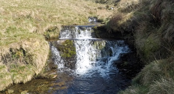 River Noe small waterfall near jacobs ladder