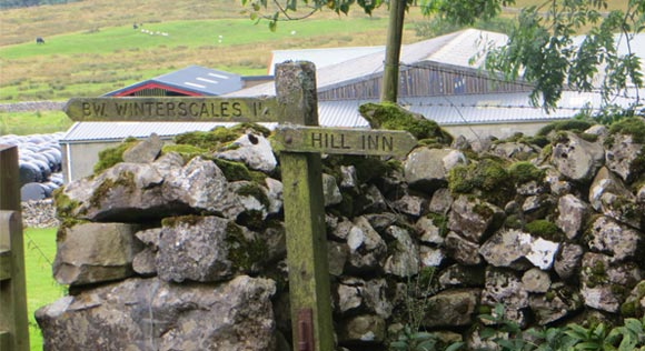 Hill-Inn-signpost
