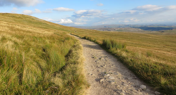 path-back-to-Horton-in-Ribblesdale