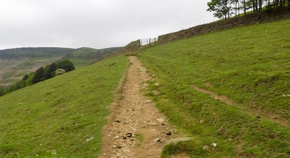 Steep incline at start of Edale Skyline Challenge