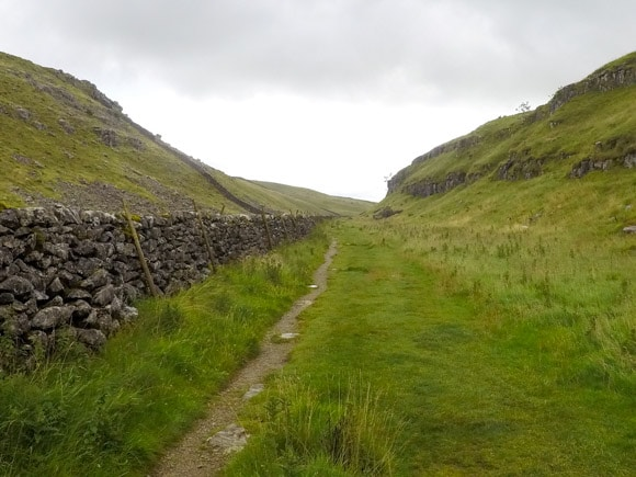 Route leading to Malham Cove