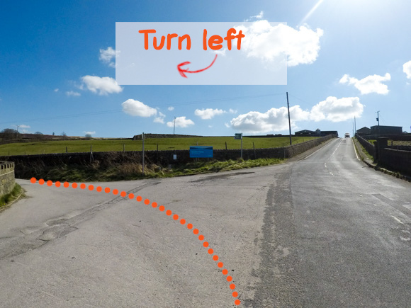 Left turn to bridleway cemetery road