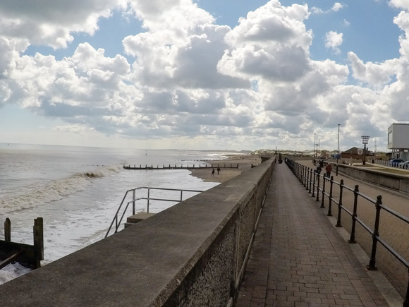 Hull to Hornsea walk or cycle 19