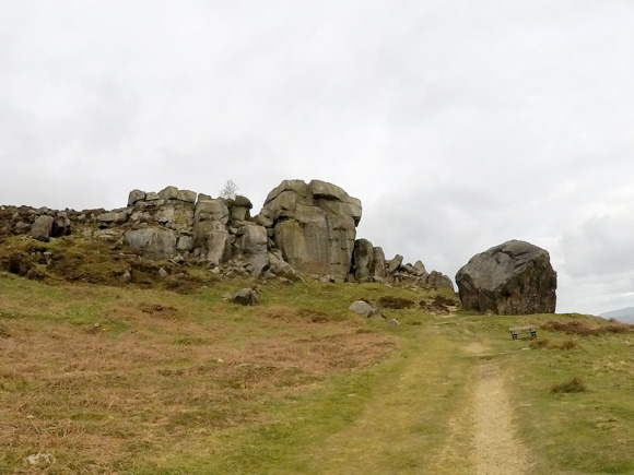 Ilkley Moor Cow and Calf and the Twelve Apostles 4